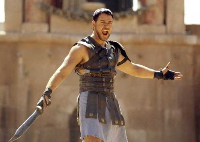 http://higpup.com/images/Russell-Crowe-in-Gladiator.jpg